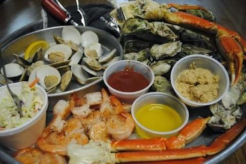Seafood platter at Hog Heaven