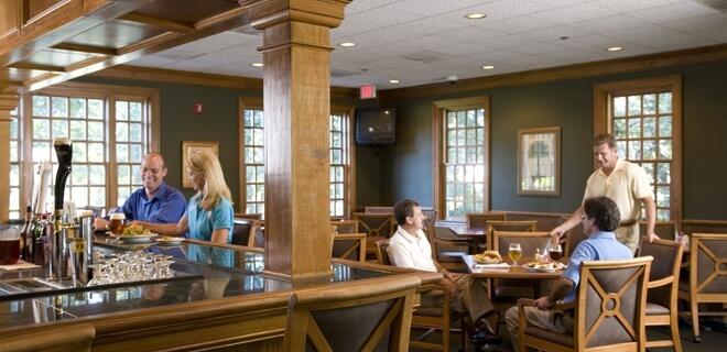 Pawleys Pub dining room